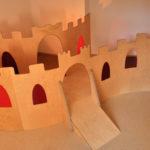 Spielpodest Burg
